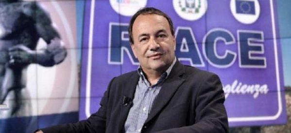 UIKI: Sostegno al sindaco di Riace, Domenico Lucano