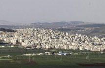 Gli occupanti saccheggiano un sito alevita a Efrîn