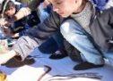 """""""Tracce di dolore"""", I bambini di Afrin verseranno le scene di guerra su una tela"""