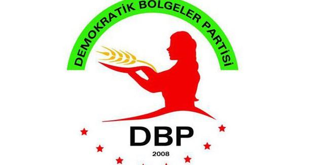 Il DBP chiede di protestare contro gli attacchi politici e militari
