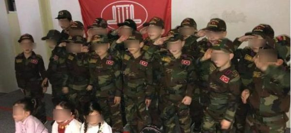 A Herford: il DITIB fa propaganda per la guerra usando bambini