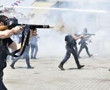 Amnesty International chiede di sospendere la spedizone di gas lacrimogeni e di altre forniture alla Turchia
