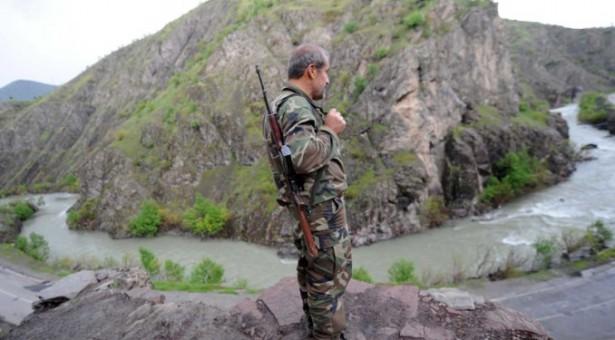 Guardiani di villaggio a Van: L'esercito vuole che i curdi si uccidano l'uno l'altro