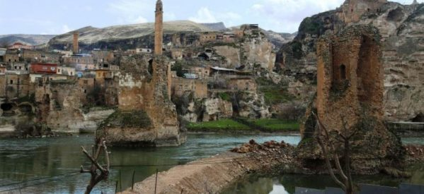 Hasankeyf – Waiting Life -in italino