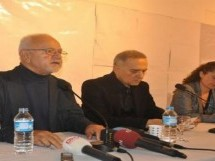 Gli intellettuali organizzano una conferenza per la pace