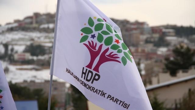 Altri sei civili curdi uccisi in attacchi transfrontalieri turchi in Siria settentrionale