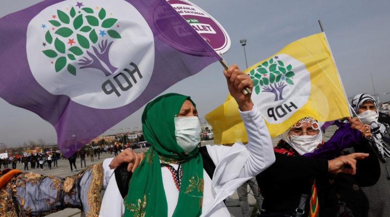 Presentato alla Corte Costituzionale un nuovo atto d'accusa per la messa al bando di HDP