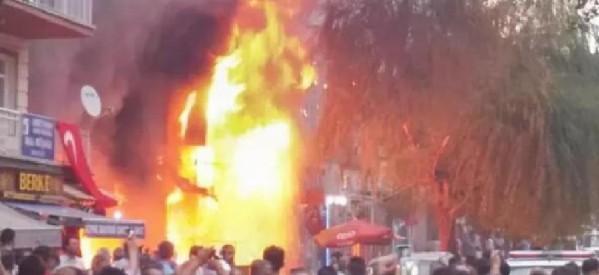 URGENTE KNK: Sconvolgenti attacchi di gruppi coordinati, e linciaggi contro i curdi nella Turchia occidentale