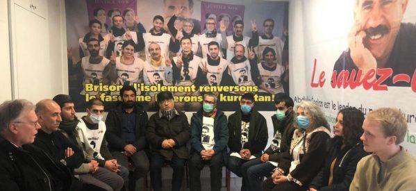 La delegazione Internazionale di Imralı prima della partenza visitano gli attivisti a Strasburgo