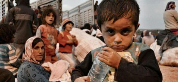 I bambini di Kobanê aspettano omogeneizzati, latte e biberon