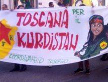 I curdi in piazza contro le bombe di Erdogan