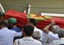 In migliaia accompagnano Yıldırım per il suo ultimo viaggio