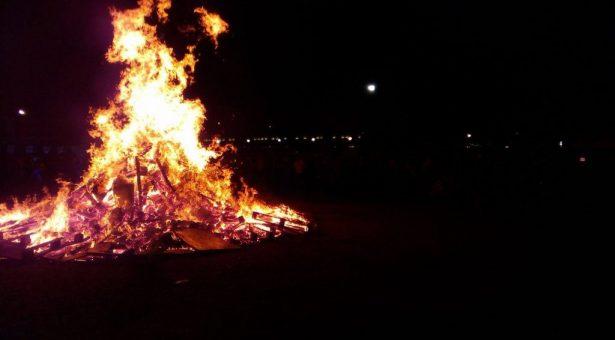 Newroz Piroz Be! Calendario Italiana
