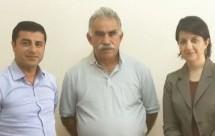 Nuove foto del Abdullah Ocalan dopo 15 anni