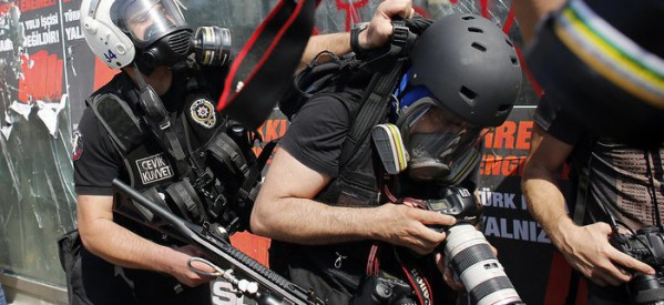 Giornalisti arrestati a Istanbul