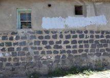 La polizia turca ha paura anche delle scritte sui muri di Sur