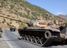 Presidi militari dell'esercito turco al confine fra il Rojava e Afrin