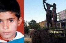 I commissari rimuovono la statua di Uğur Kaymaz a Kızıltepe