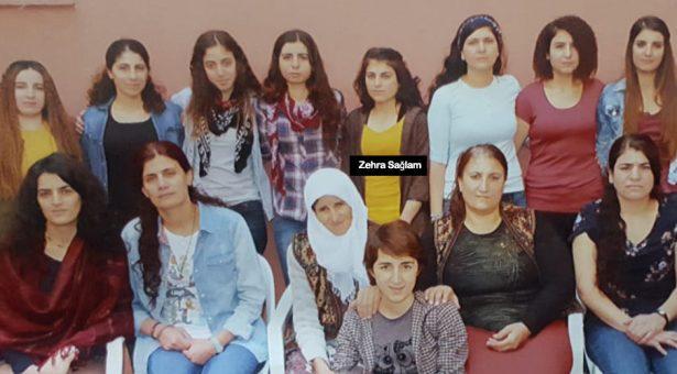 Altra prigioniera politica, Zehra Sağlam, mette fine alla propria vita per protestare contro l'isolamento di  Abdullah Öcalan